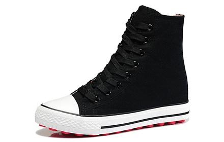 黑色高帮内增高帆布鞋