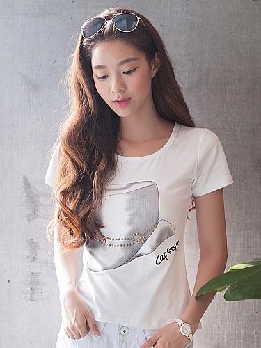天空岛 韩国新品铆钉手绘t恤白