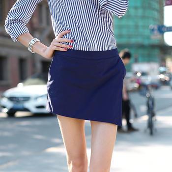 简约时尚百搭?#36824;?#21017;短裤裙