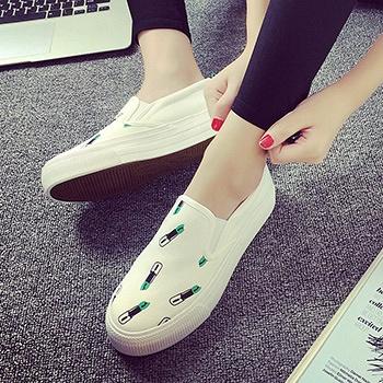 时尚口红可爱厚底乐福鞋白色