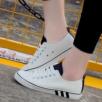 新款帆布鞋女鞋浅口系板鞋白黑