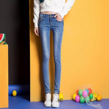 可奈丽莎新款显瘦修身牛仔裤女浅蓝色弹力铅笔小脚裤