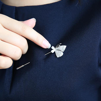 戴拉  时尚气质蝴蝶胸针