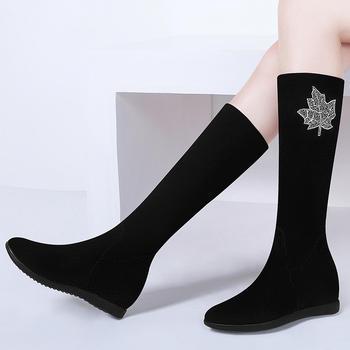套脚金属装饰女长靴防水台女靴子
