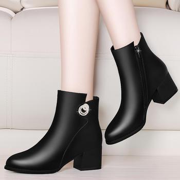 短靴女粗跟中跟秋冬马丁靴及踝靴