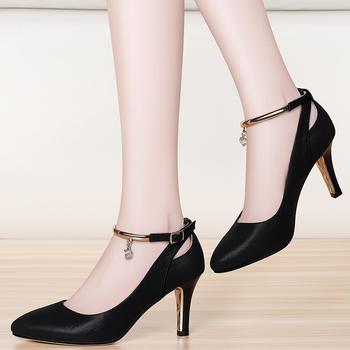 韩版粗跟单鞋尖头中跟百搭高跟鞋