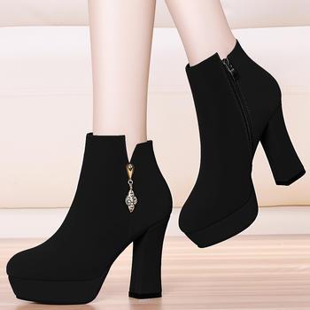 韩版绒面短靴女性感粗跟高跟短靴