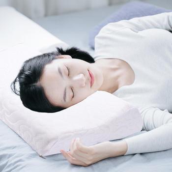 乐高家居慢回弹记忆棉枕头护颈枕