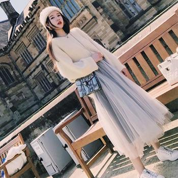 新款V领毛衣+网纱裙时尚两件套