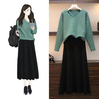 新款显瘦时髦毛衣加裙子两件套