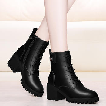 秋冬季新款高跟短靴英伦风马丁靴