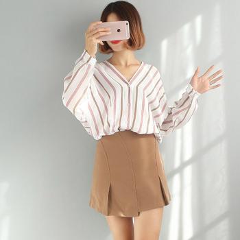 兰菲气质时尚韩版V领竖条纹长袖衬衫