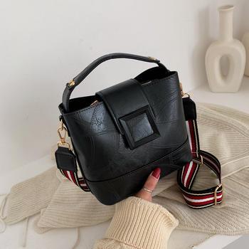 INME2019新款复古韩版百搭单肩斜跨包时尚大容量手提包